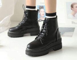 Top shop bán giày boot nữ giá rẻ chất lượng tại Quận 10, TpHCM