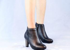 Top shop bán giày boot nữ giá rẻ chất lượng tại Quận 2, TpHCM