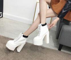 Top shop bán giày boot nữ giá rẻ chất lượng tại Quận 5, TpHCM