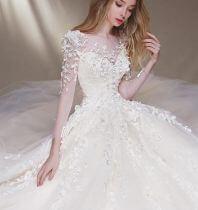 Top shop bán áo cưới, váy cưới cô dâu giá rẻ uy tín tại Bình Chánh, TPHCM