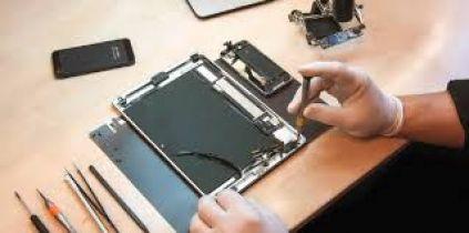 Top cửa hàng sửa chữa iPhone tại Hóc Môn