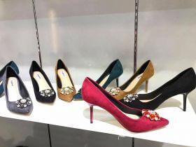 Top xưởng sỉ giày nữ giá rẻ chất lượng tại Quận 4, TP.HCM