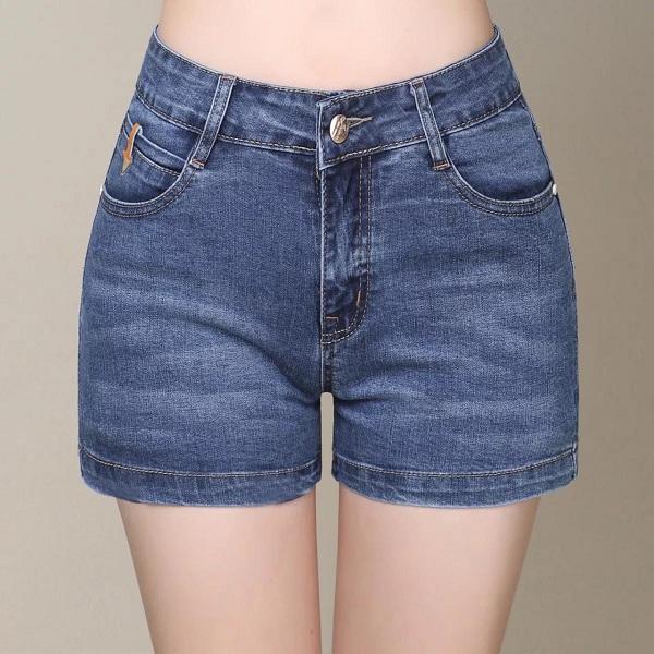 Top shop bán quần short cho nữ trẻ trung, năng động trên đường Lý Tự Trọng