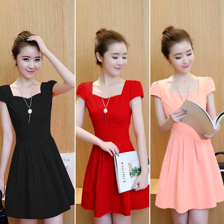 Top shop bán váy đầm giá rẻ cho nữ tại Quận 4, TP.HCM