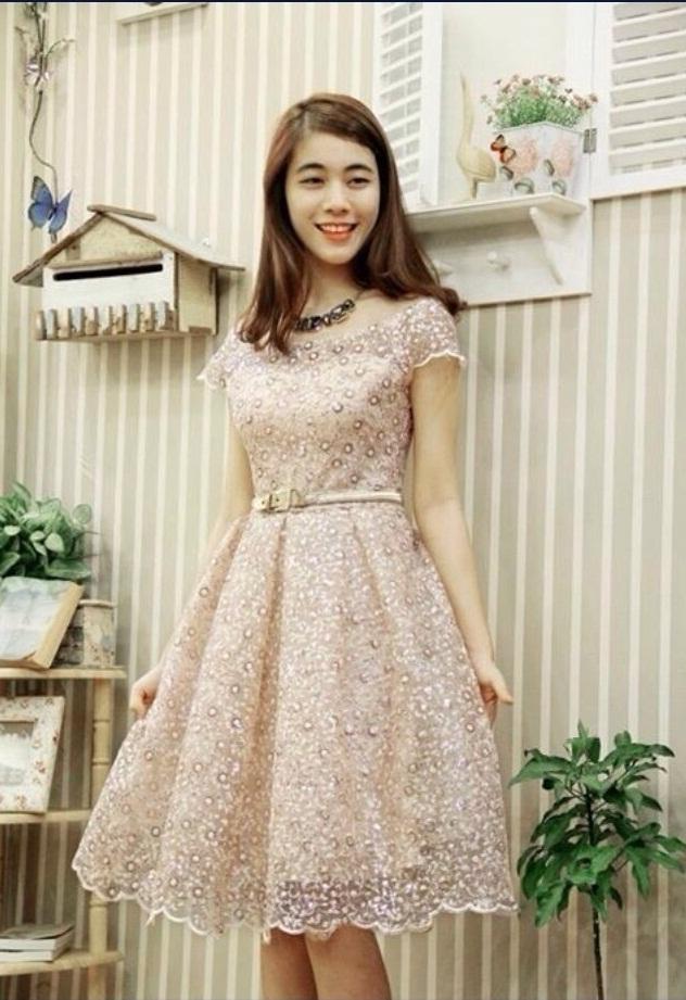 Top shop bán váy đầm dự tiệc giá rẻ tại Quận 4, TP.HCM