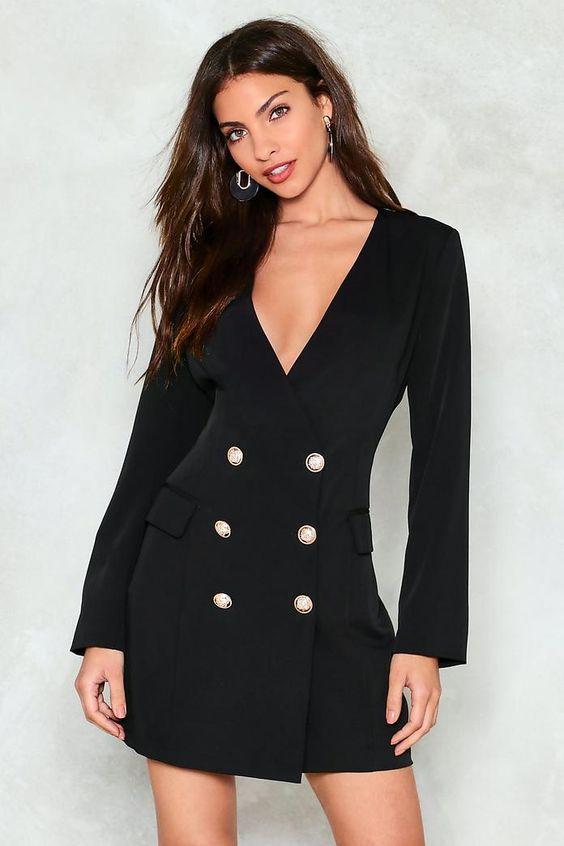 Top shop bán váy đầm vest cao cấp cho nữ tại Quận 1, TP.HCM