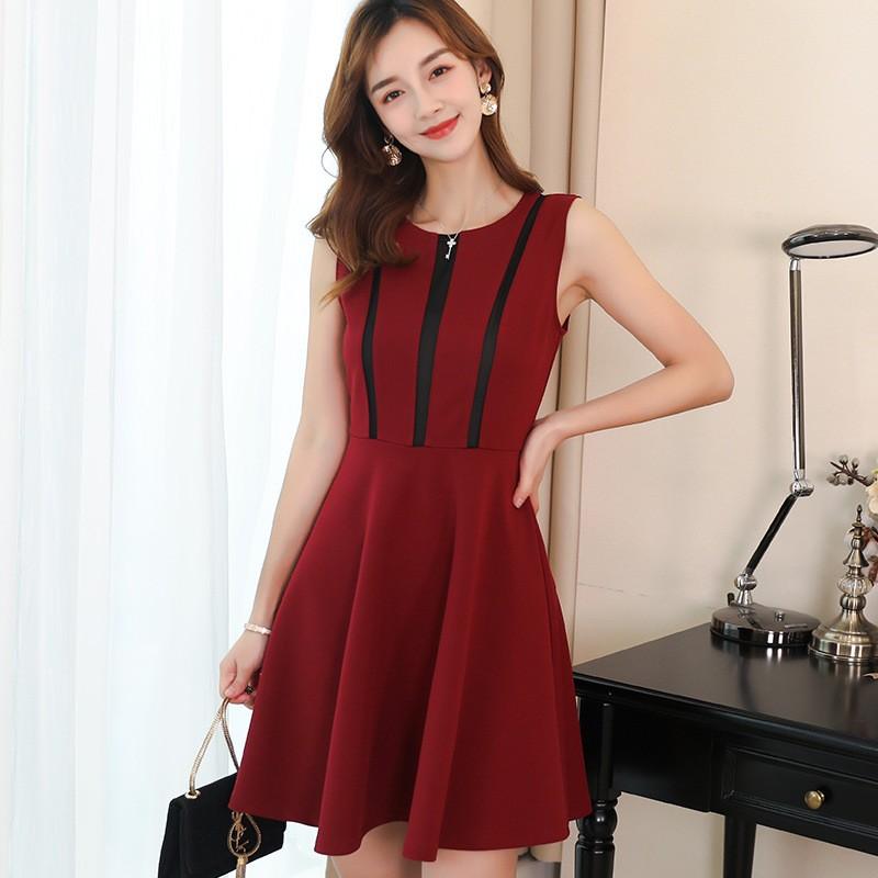 Top shop bán váy đầm xòe cao cấp cho nữ tại Quận 4, TP.HCM