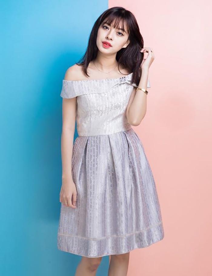 Top shop bán váy đầm xòe cho nữ giá rẻ tại Quận 4, TP.HCM