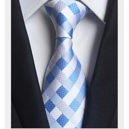 Top shop bán cà vạt nam giá rẻ uy tín tại Quận 2, TPHCM