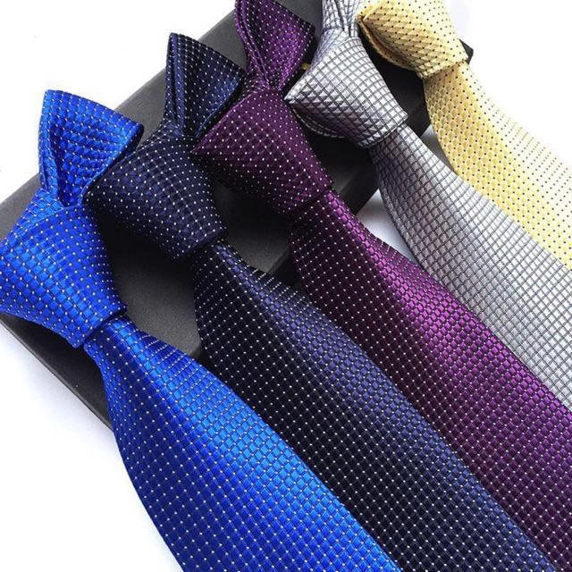 Top shop bán cà vạt nam giá rẻ uy tín tại Quận 7, TPHCM