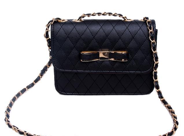 Top shop bán túi xách nữ giá rẻ uy tín tại Cần Giờ, TPHCM