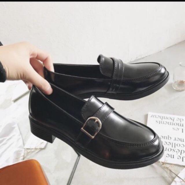 Top shop giày tây nữ giá rẻ uy tín tại Bình Dương