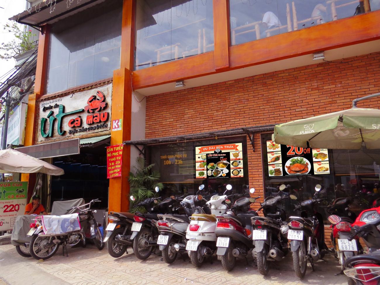Nhà hàng Út Cà Mau