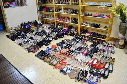 Top xưởng sỉ giày nữ giá rẻ chất lượng tại H.Ứng Hòa, Hà Nội