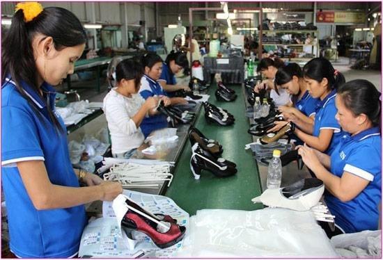 Xưởng sỉ giày dép nam nữ Tùng Anh