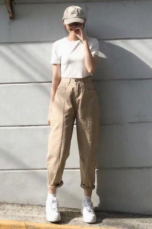 Top shop bán quần kaki cao cấp cho nữ tại Quận 1, TP.HCM