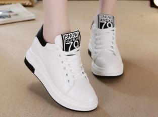 Top shop bán giày thể thao nữ cao cấp chất lượng tại TpHCM