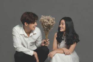Top shop chụp ảnh cưới hỏi giá rẻ uy tín tại Phú Nhuận, TPHCM