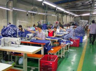 Xưởng sỉ quần áo nam giá rẻ tại quận Tân Phú