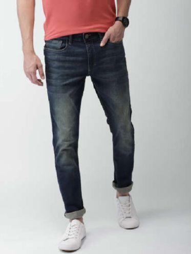 Top shop bán quần jeans cho nam đẹp trên đường Võ Văn Ngân