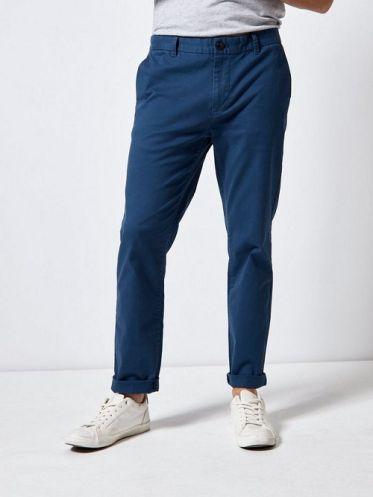 Top shop bán quần kaki chinos cho nam trên đường Cách Mạng Tháng 8