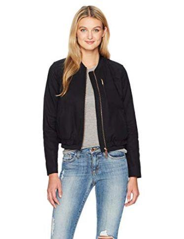 Danh sách shop bán áo khoác cho nữ phong cách tại Quận 10