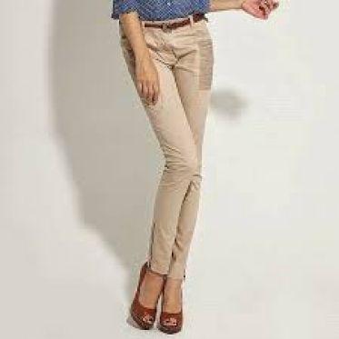 Top shop bán quần kaki cho nữ đẹp, trẻ trung trên đường Lý Tự Trọng