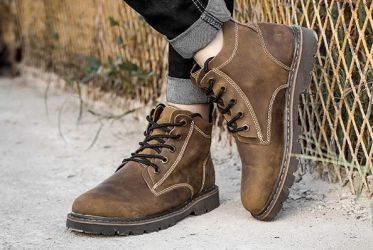 Top shop bán giày boot nam đẹp chất lượng tại TpHCM