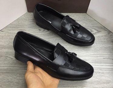 Top shop bán giày mọi nam tại Quận 3, TpHCM